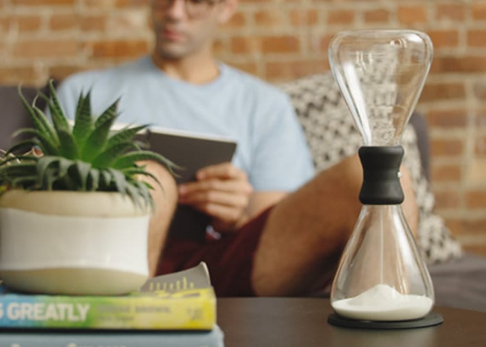 Tempo Adjustable Hourglass Helps You Remain Focused