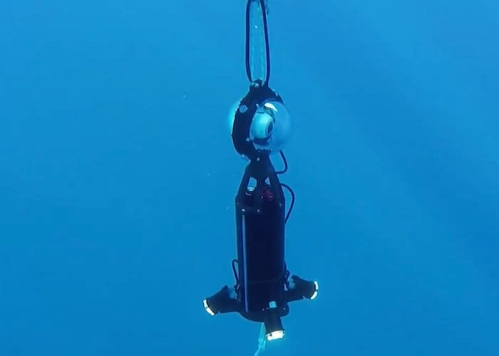 Camera drop to the ground on the sea of ​​Arduino 360