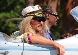 The Beach Bum Movie Trailer Starring McConaughey, Snoop Dogg, Fisher, Efron