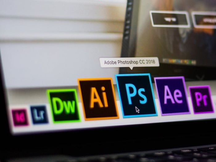 - photoshop 2 - Geeky Gadgets Deals Of The Month, September 2018