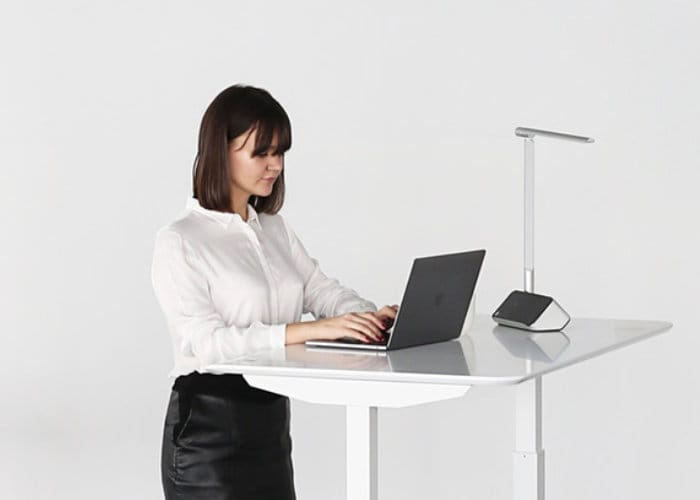 Magic Desk, easily adjustable sitting, standing desk