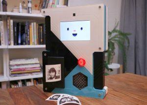 Awesome Raspberry Pi Selfiebot camera project