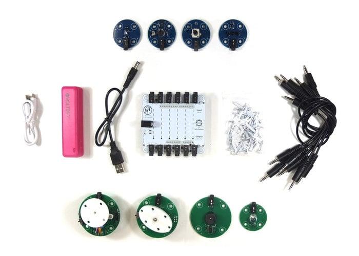 BYOR children's robotic construction kit