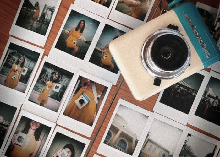 Escura hand powered instant camera