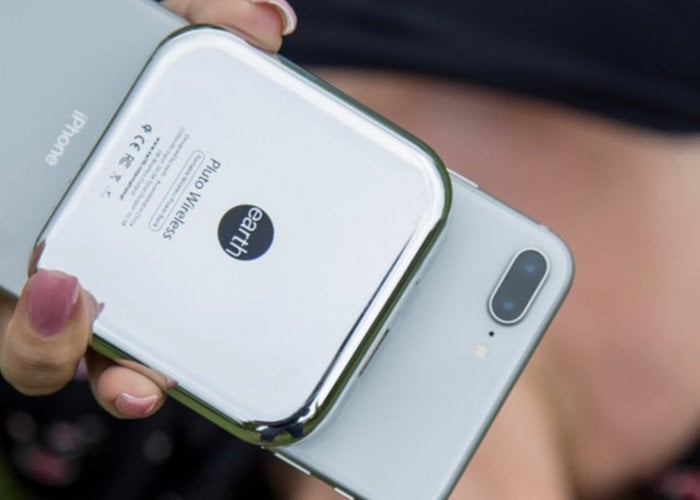 Pluto portable wireless charger and power bank