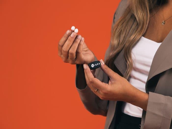 Vibes Hi-Fidelity Earplugs + Attachable Cord