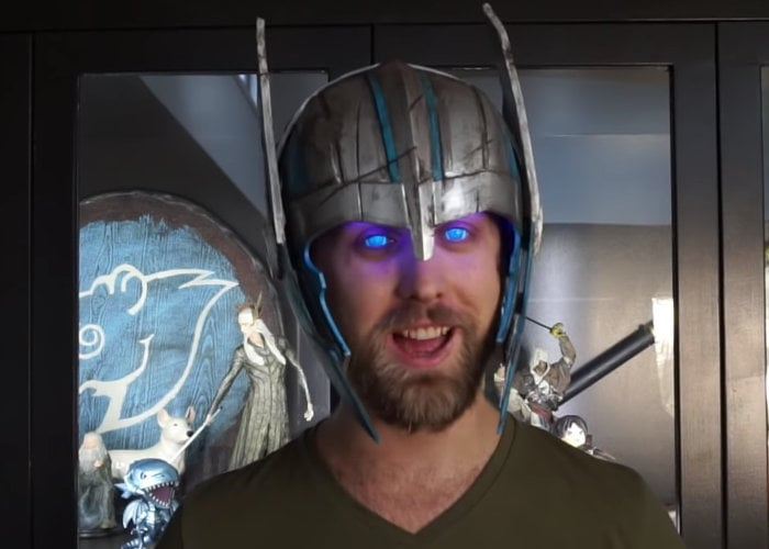 DIY Thor helmet makes your eyes glow