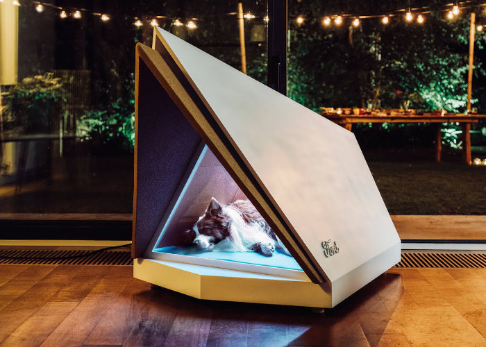 Ford develops 'smart kennels' to keep dogs relaxed during fireworks