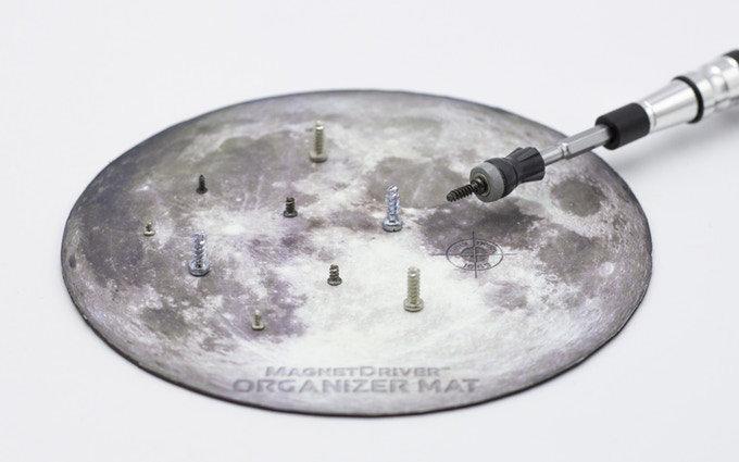 Space rocket screwdriver