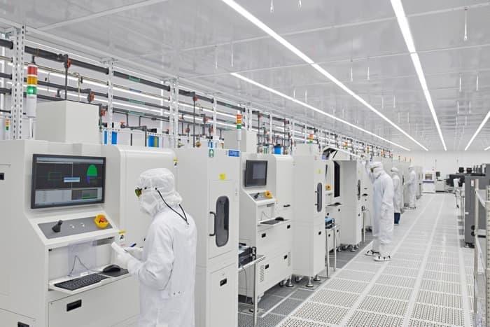 Apple US companies
