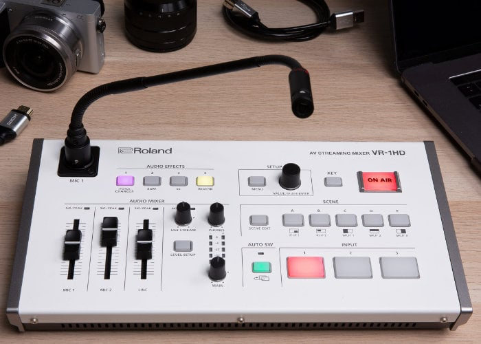 Roland VR-1HD professional camera mixing deck for streamers
