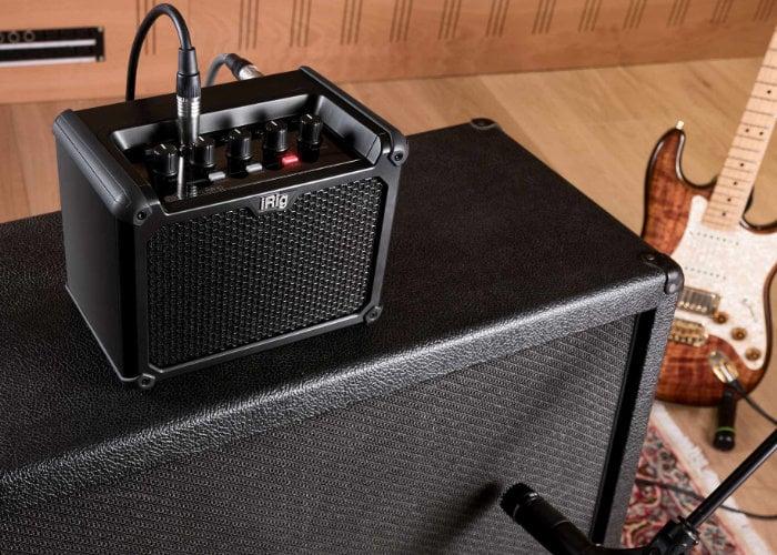 battery guitar amplifier