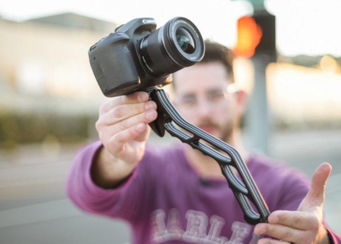 lightweight camera tripod and grip