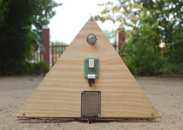 DIY Arduino weather station is open source, tweets and more