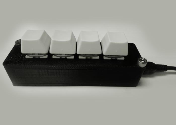 Mini programmable shortcut keyboard
