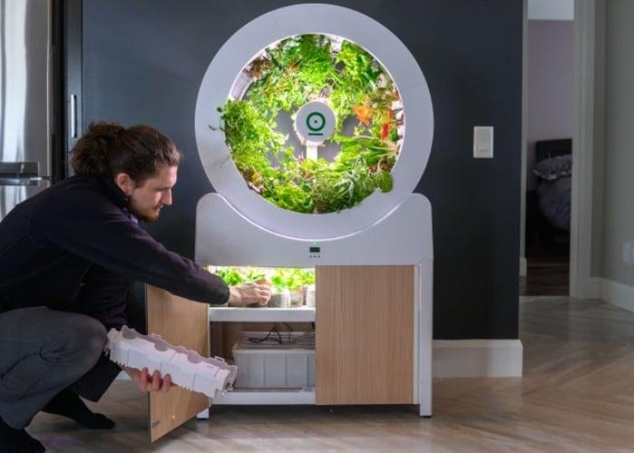 OGarden fully automated indoor smart garden