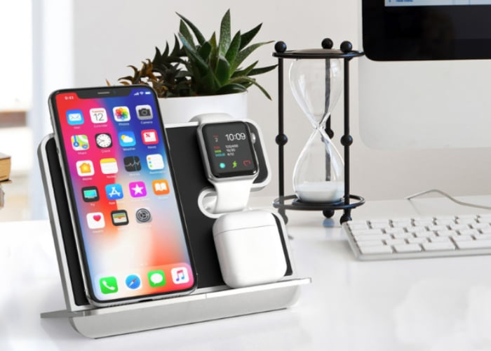 iComboStand Qi wireless dock