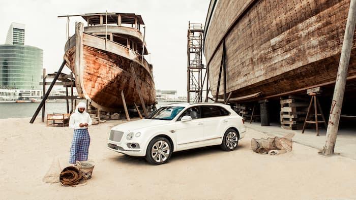 Bentley Bentayga Mulliner Pearl of the Gulf