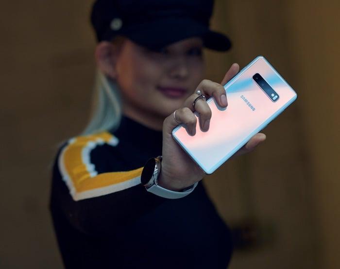 Samsung Galaxy S10 handsets gets software update