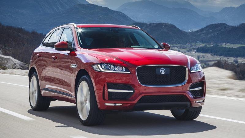 Jaguar Recalls 44,000 Vehciels in UK Over Emissions