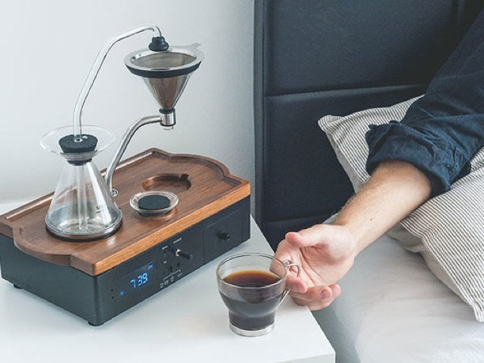 Save 10% on the Barisieur Tea & Coffee Maker Alarm Clock