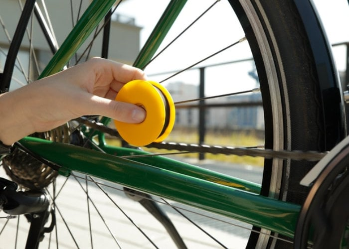 Eco-friendly bicycle chain care system Lubri Disc