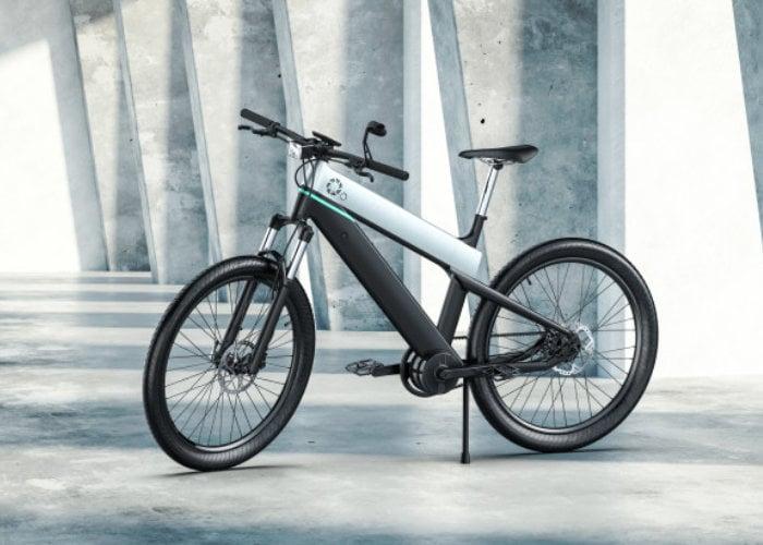 Fluid electric bike built by Erik Buell