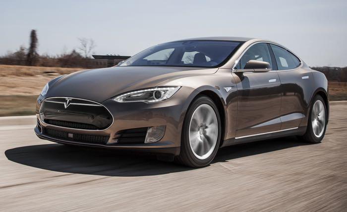 New Tesla Navigate on Autopilot update released