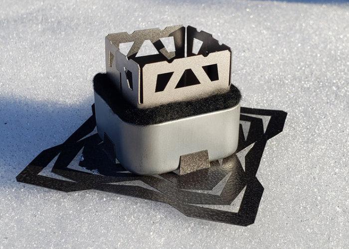 Core Polar titanium micro alcohol camping stove