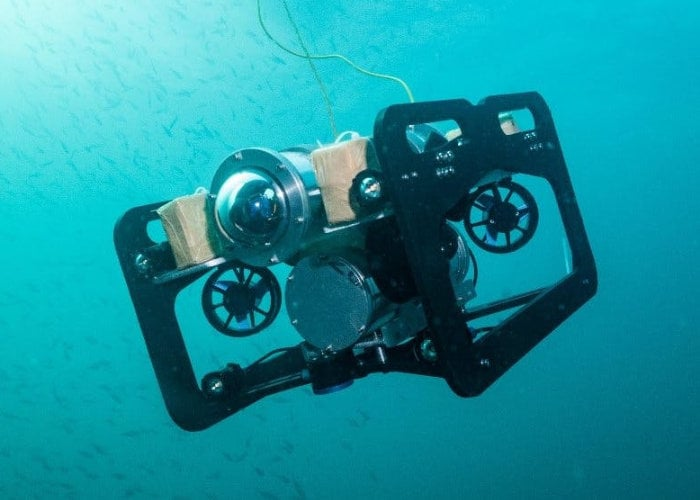 DIY Raspberry Pi autonomous underwater vehicle