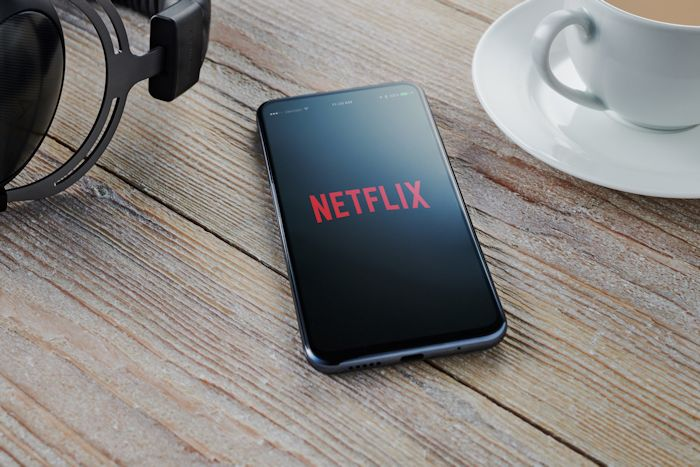 Netflix to raise prices in the UK by up to 20 percent - Geeky Gadgets