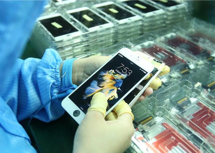 aftermarket smartphone screen