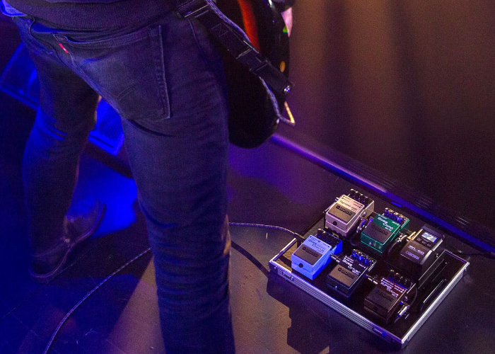 Boss WL-60 wireless pedalboard system