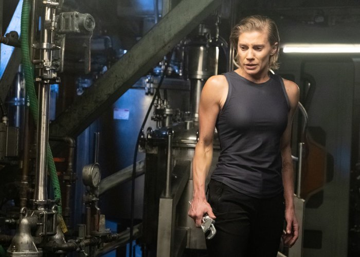 Katee Sackhoff Returns to Space in 'Another Life' Netflix Trailer