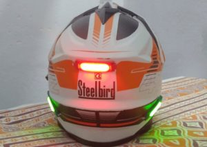 helmet signalling light