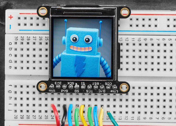 TFT LCD 1.3 inch 240×240 wide angle display with MicroSD arrives at Adafruit - Geeky Gadgets