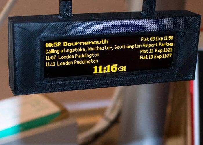 Raspberry Pi live train time station sign
