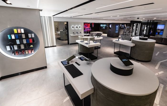 Samsung multi experience store Harrods