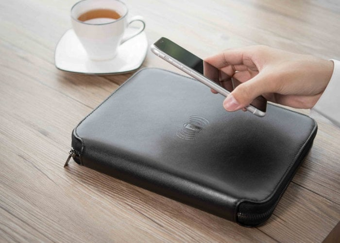 Wireless charging organiser