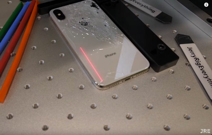 How to fix iPhone broken back glass with lasers (Video)