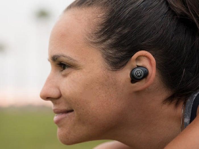 HUB Hi-Fi Wireless Noise Cancelling Earbuds