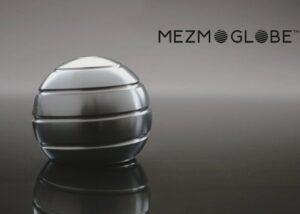 Mezmoglobe kinetic desk toy