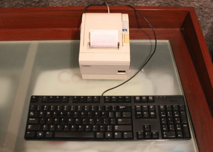 "Thermal typewriter offers a ""magical"" typing experience"