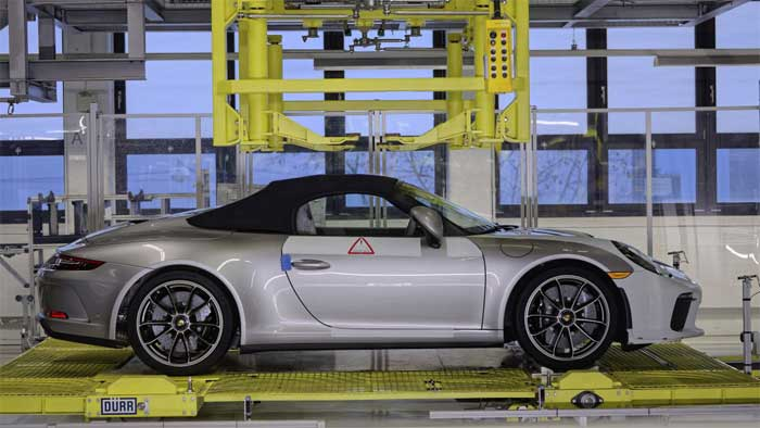 Last 991 Generation Porsche 911 Leaves the Factory