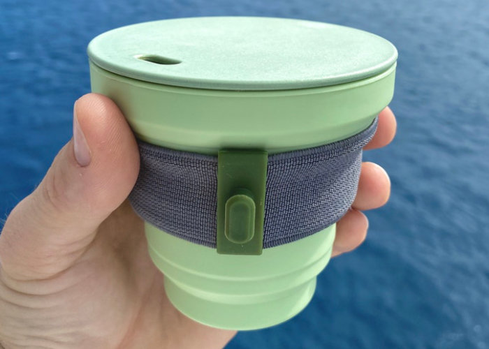 Collapsible coffee cup