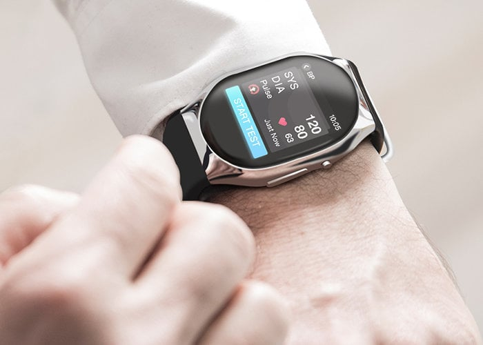 Smartwatch-blood-pressure-monitor