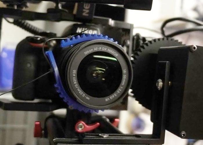 DSLR camera motorised zoom