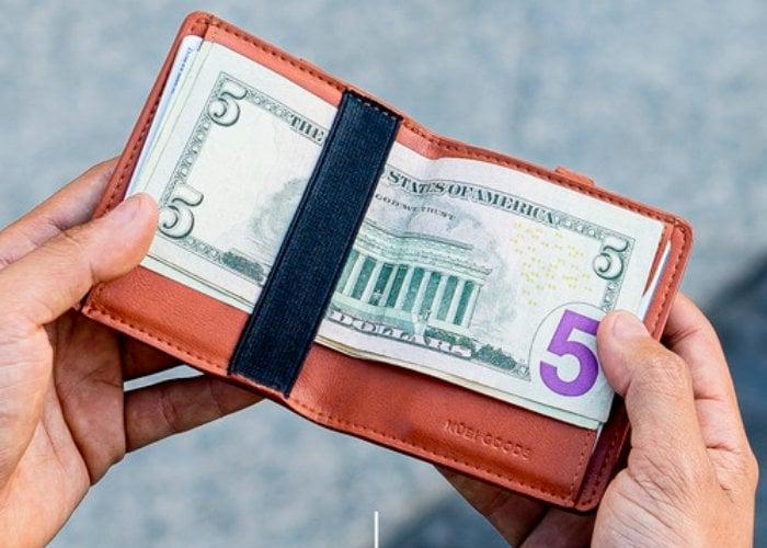 Kubi vegan wallet