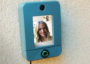 Raspberry Pi smart doorbell