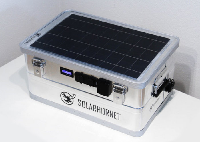SolarHornet rugged outdoor portable power supply - Geeky Gadgets